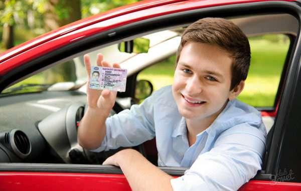 شرایط اخذ گواهینامه رانندگی پایه سه